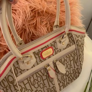 69a3eaf1db4 Victor Handbags on Poshmark